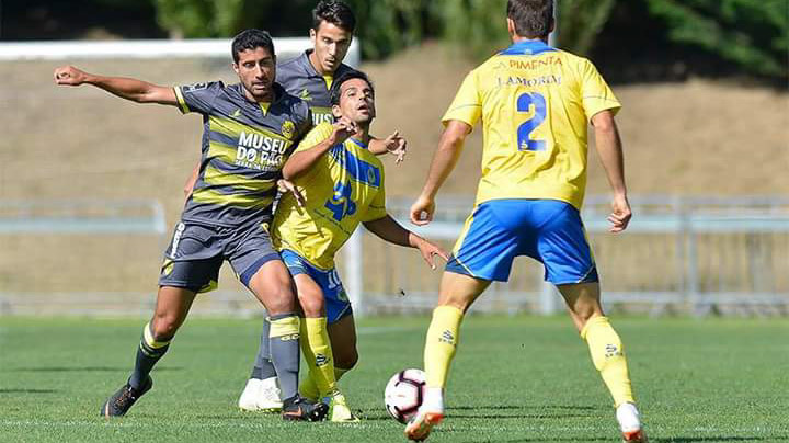 "Arouca 0-0 GD Chaves (3-5 pen.)   ""Flavienses garantem ida à fase de grupos da Taça da Liga"""