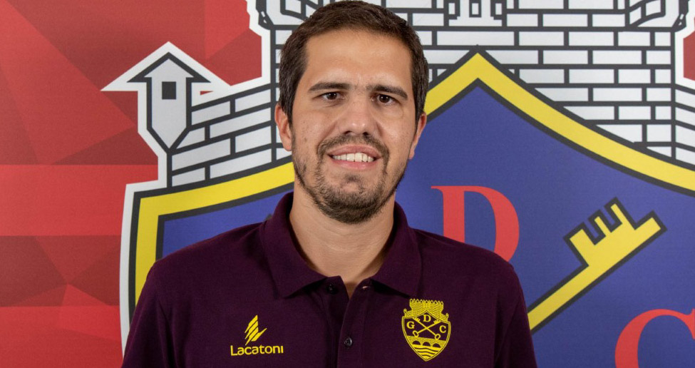 Troca de treinador nos juniores: Bruno Alves é o quinto técnico em dois anos