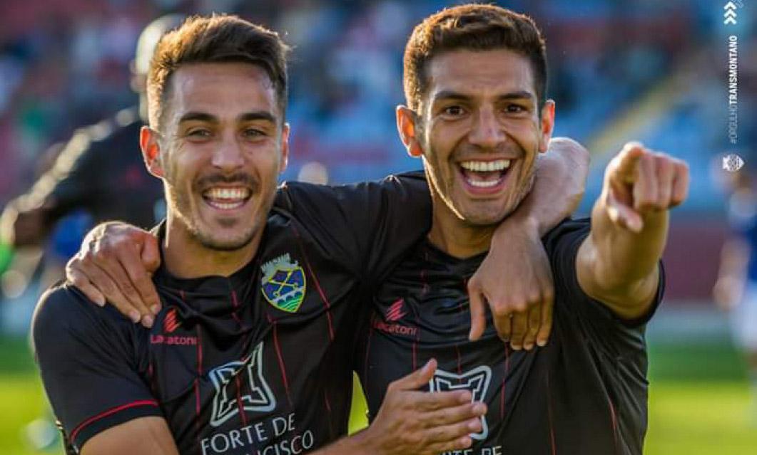 GD Chaves 2-0 Estoril: André Luís dá quarta vitória ao Desportivo