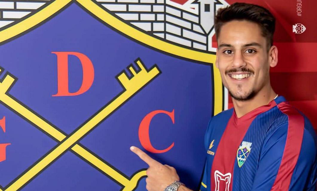 Bernardo Martins chega por empréstimo do Paços Ferreira