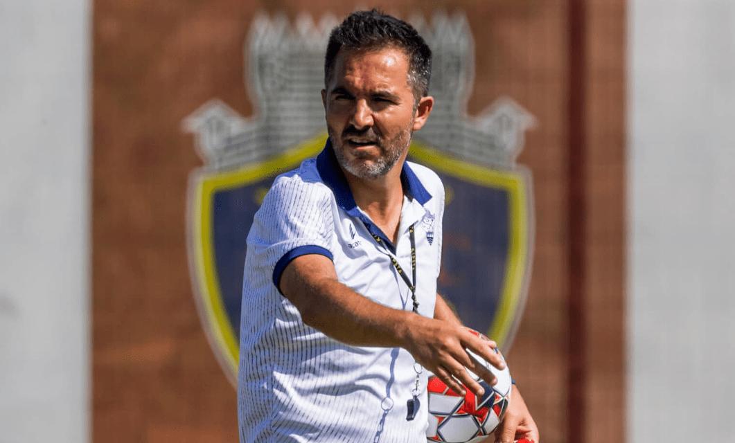 Carlos Pinto é o 17.º treinador a sair na era Francisco Carvalho