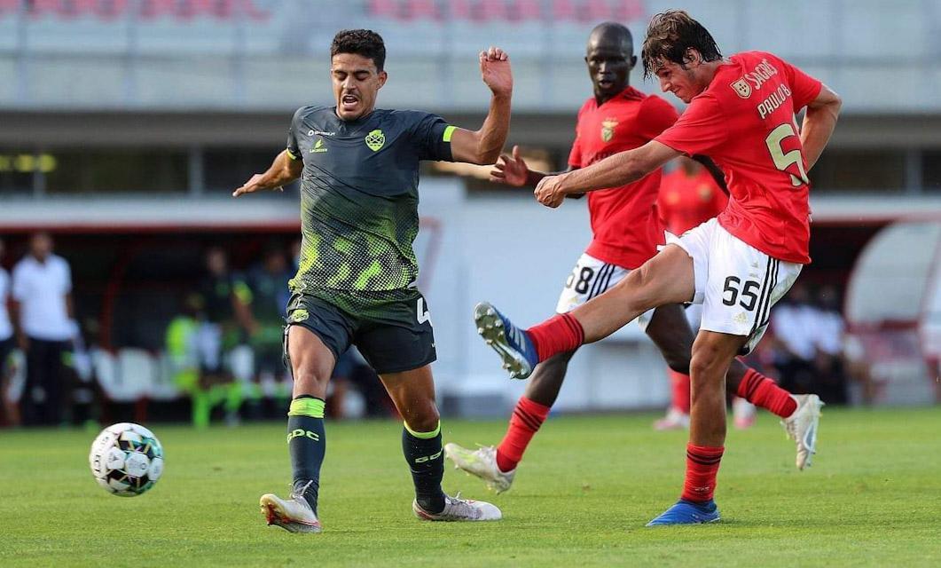 Benfica B 3-4 GD Chaves: André Luís evitou desastre em festival de golos