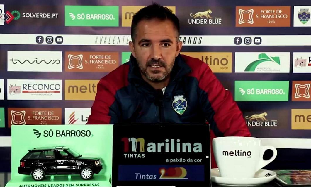 Carlos Pinto fez a antevisão à recepção do GD Chaves ao Vilafranquense