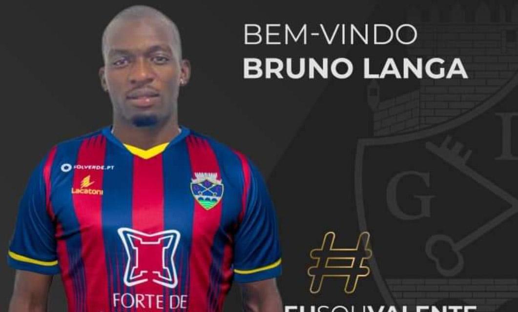 Bruno Langa no GD Chaves para reforçar a lateral esquerda