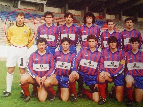 Jorge Braz com a equipa do GD Chaves, onde jogou como guarda-redes