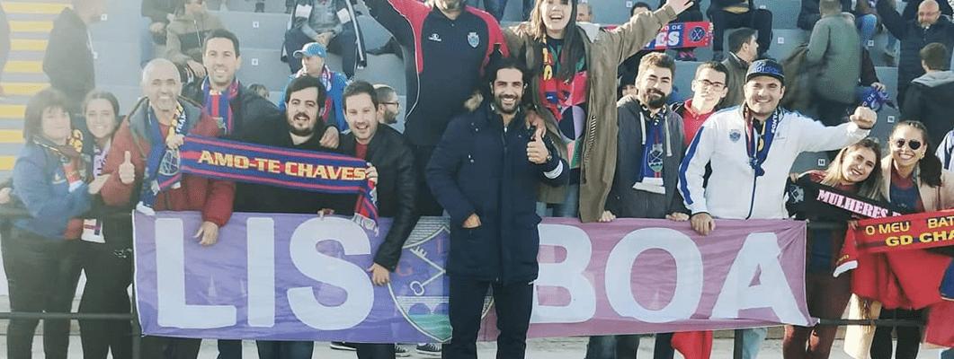 Adeptos do GD Chaves em Lisboa, no último duelo com o Casa Pia com público no estádio